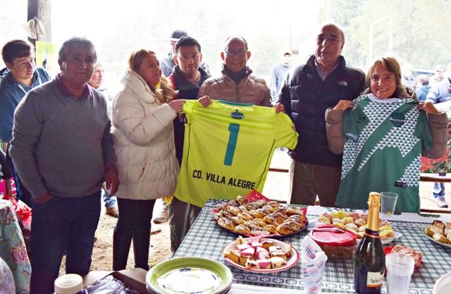 Vecinos de Villa Alegre inauguran nueva luminaria para su estadio - Red Informativa Villarrica