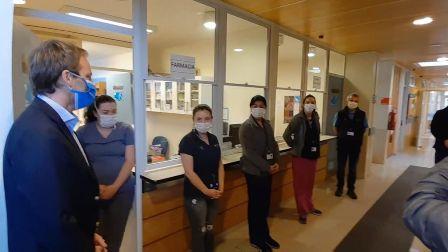 Subsecretario de Redes Asistenciales se reunió con compañeros de trabajo de funcionaria fallecida por COVID-19 - Red Informativa Villarrica
