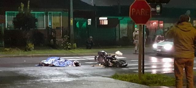 Un motociclista falleció tras ser colisionado por un camión en Villarrica - Red Informativa Villarrica